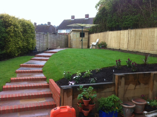 Eastbourne garden maintenance landscaping for Garden design eastbourne